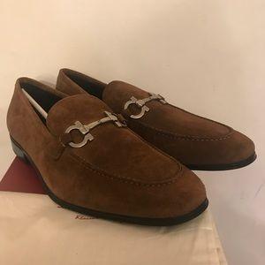 NEW Salvatore Ferragamo Castoro Suede Calf Loafers